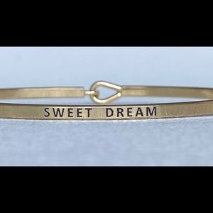 Sweet dream inspired thin hook bangle